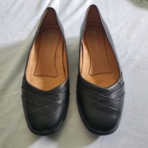 Black Naturalizer shoes in excellent condition